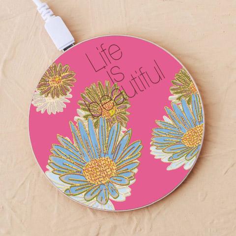 【Life is beautiful,フラワー】充電器を見る